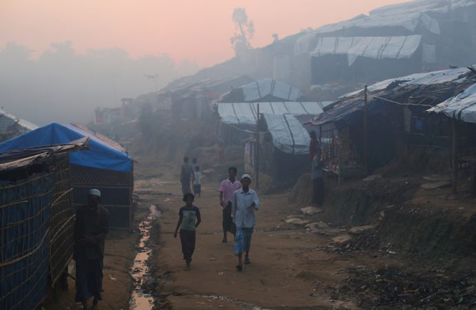 Rohingya refugees left at the mercy of winter