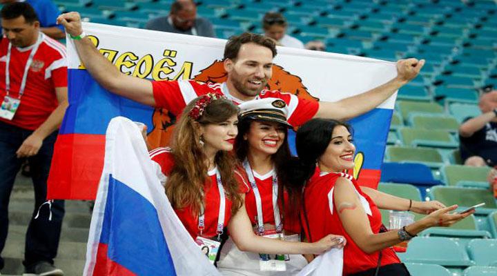 বিশ্বকাপ ফুটবল কোয়ার্টার ফাইনালের দর্শকদের আনন্দ-বেদনা