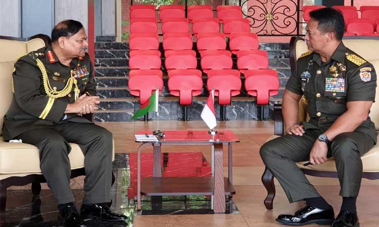 সেনাবাহিনী প্রধানের সঙ্গে ইন্দোনেশিয়ার সেনাবাহিনী প্রধান ও সশস্ত্র বাহিনীর কমান্ডারের সাক্ষাৎ