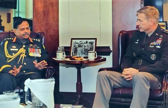 যুক্তরাষ্ট্রের সেনাপ্রধানের সঙ্গে জেনারেল আজিজ আহমেদের সাক্ষাৎ