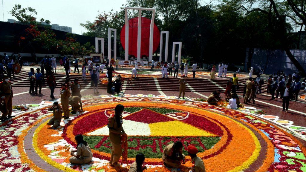 যথাযোগ্য মর্যাদায় ভাষা শহীদদের স্মরণ
