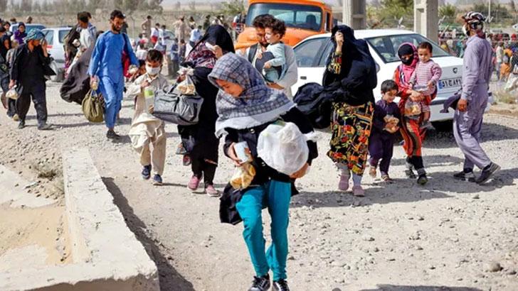 দৈনন্দিন জীবনে তীব্র অর্থ সংকটের মধ্যে দিয়ে যাচ্ছে আফগানরা